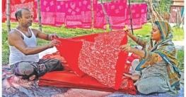 দেশের গণ্ডি পেরিয়ে বিদেশেও যাচ্ছে কুমিল্লার বাটিক কাপড়