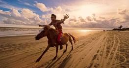 শুভ সন্ধ্যা সৈকত যেন আরেক 'কুয়াকাটা'