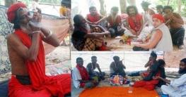 'বিশ্ব পাগল মেলা' চলছে গাঁজা সেবন ও জুয়ার মজমা