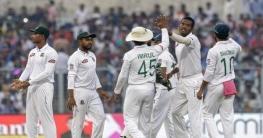 মুস্তাফিজকে বাদ দিয়ে টেস্ট দল ঘোষণা