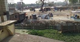কুমিল্লার নিমসারে দোকান বানাতে ভরাট হচ্ছে শতবর্ষী পুকুর