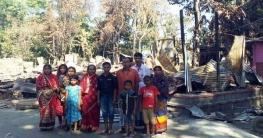 আতংক কাটেনি কোরবানপুরে, দুটি পরিবার ফিরে আসেনি